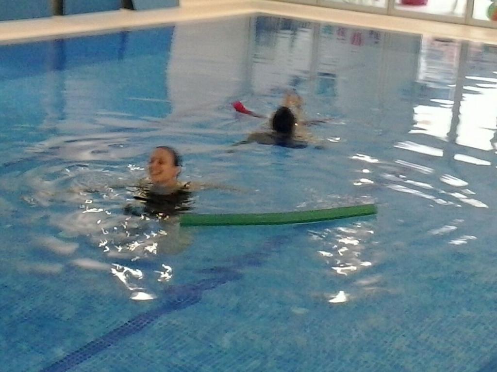 Conoce lo que hacemos la piscina de neo kids for Piscina para embarazadas