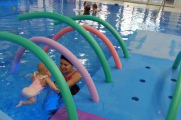 ¿Cuándo puedo llevar a mi bebé a nadar?